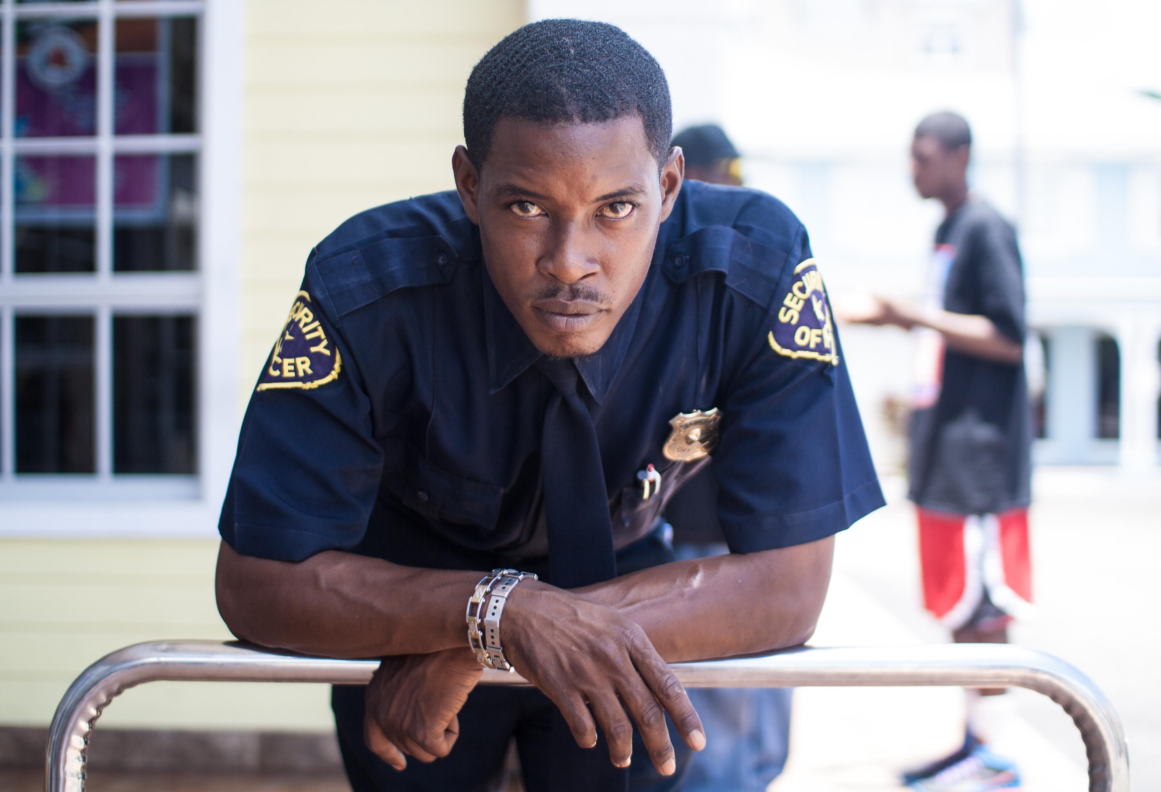 Bahamas Cop